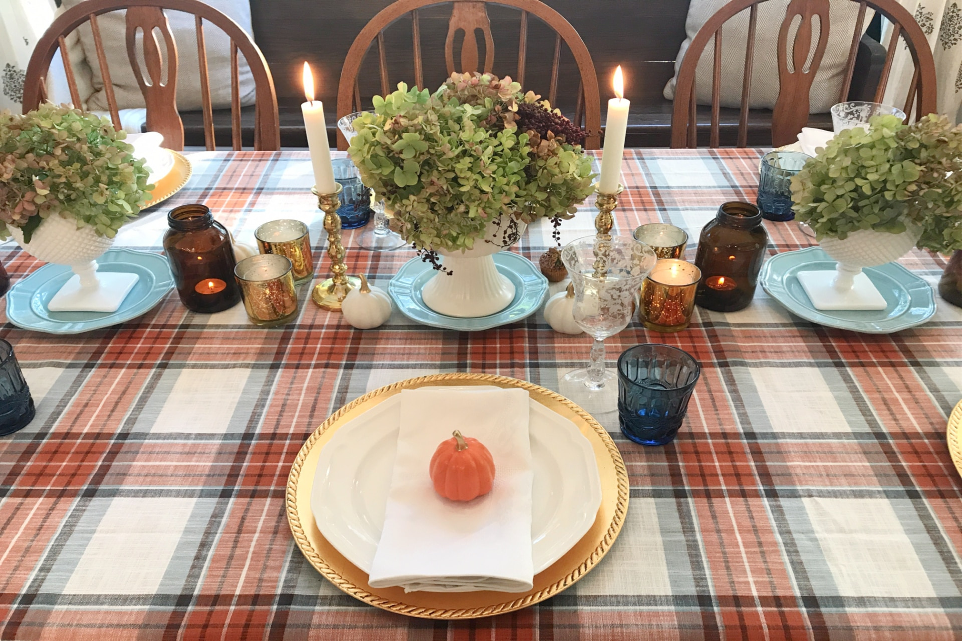 Creating Frugal Eclectic Fall Decor - Life Full and Frugal - table decorated for fall