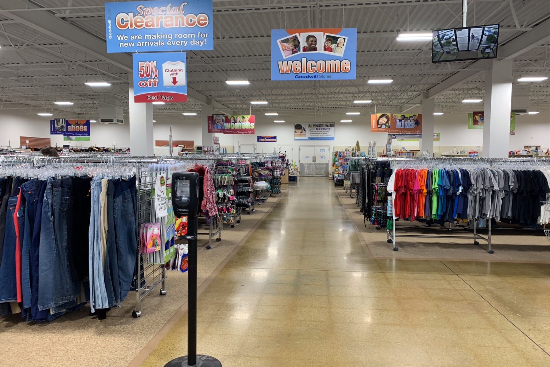 clothing in a thrift store 18 tips for thrifting life full and frugal