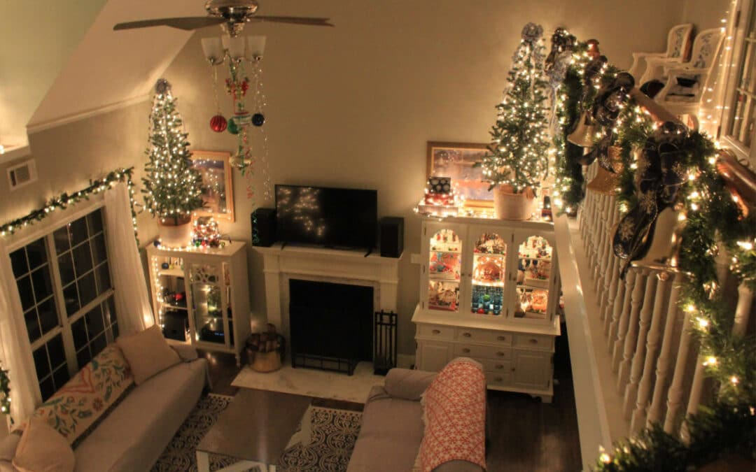10 Tips For Frugal Christmas Decor